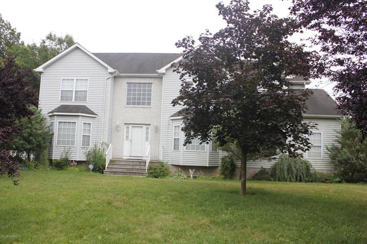 26 Isabella Drive, Lakewood, NJ 08701