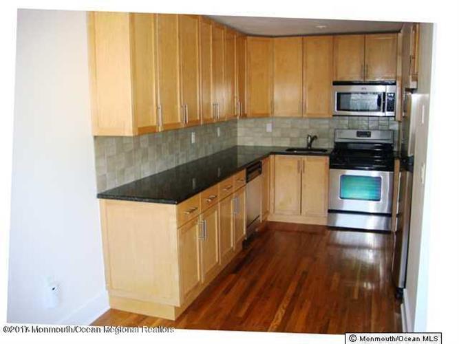 301 6th avenue asbury park nj 07712 mls 21731182 for 1 kitchen asbury park nj