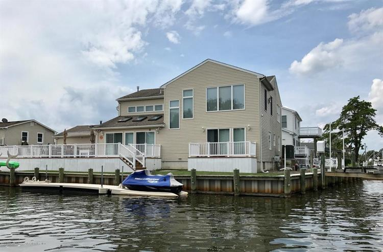 7 Island Court, Brick, NJ 08724