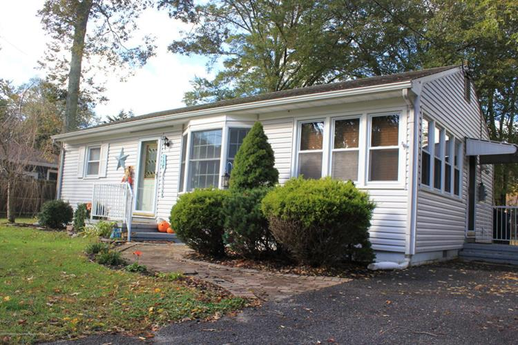 138 Red Bank Avenue, Berkeley Township, NJ 08721
