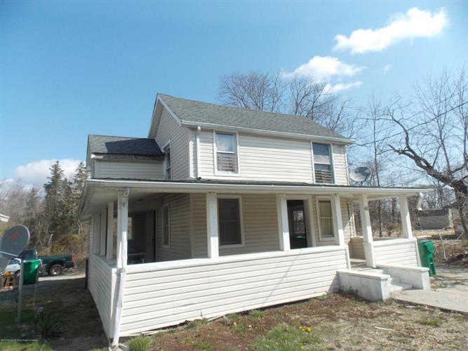 46 Center Street, Toms River, NJ 08757