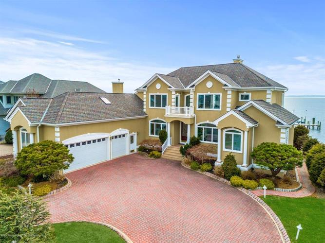 1199 Capstan Drive, Forked River, NJ 08731