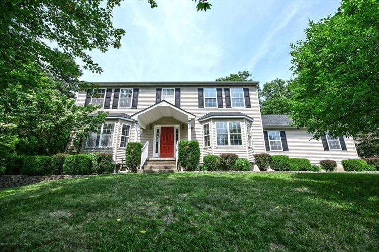 20 Arrowhead Circle, Jackson, NJ 08527
