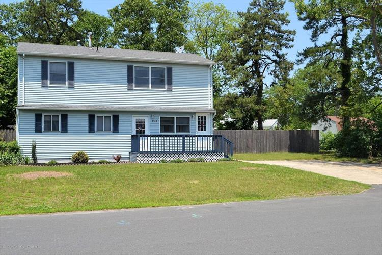 103 Teakwood Drive, Brick, NJ 08723