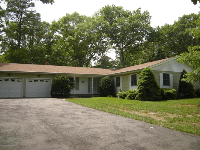 404 Carr Street, Forked River, NJ 08731