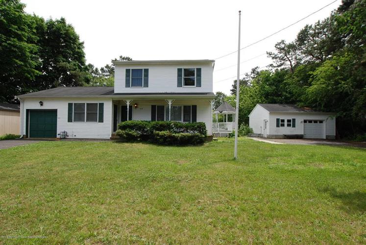 1616 Broadway Boulevard, Toms River, NJ 08757