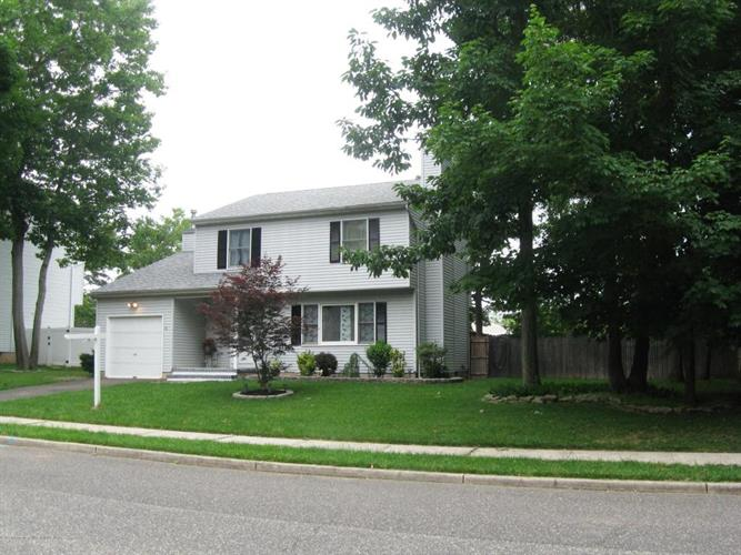 211 Pello Road, Brick, NJ 08724