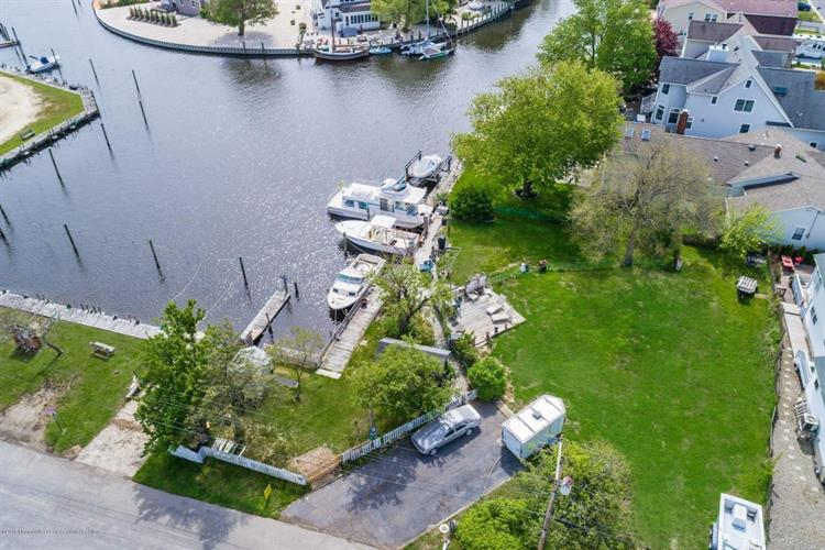 1320 Marine Parkway, Point Pleasant, NJ 08742