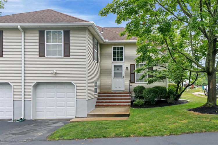 83 Racquet Road, Wall, NJ 07719
