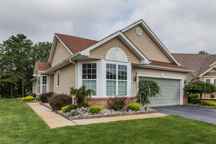 713 Hollybrook Lane, Whiting, NJ 08759 - Image 1