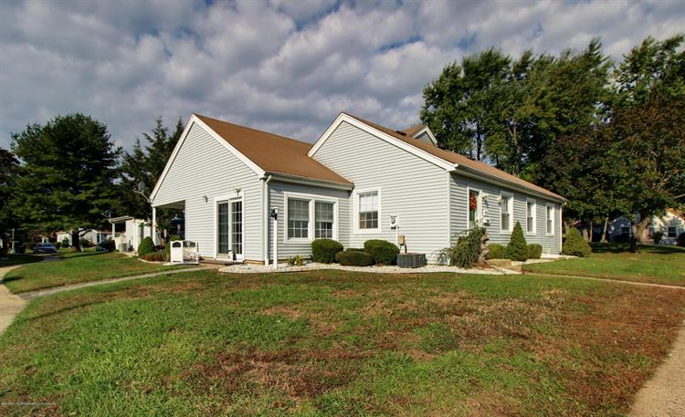74a Patrick Henry Square Freehold Nj 07728 For Mls 21841773 Weichert