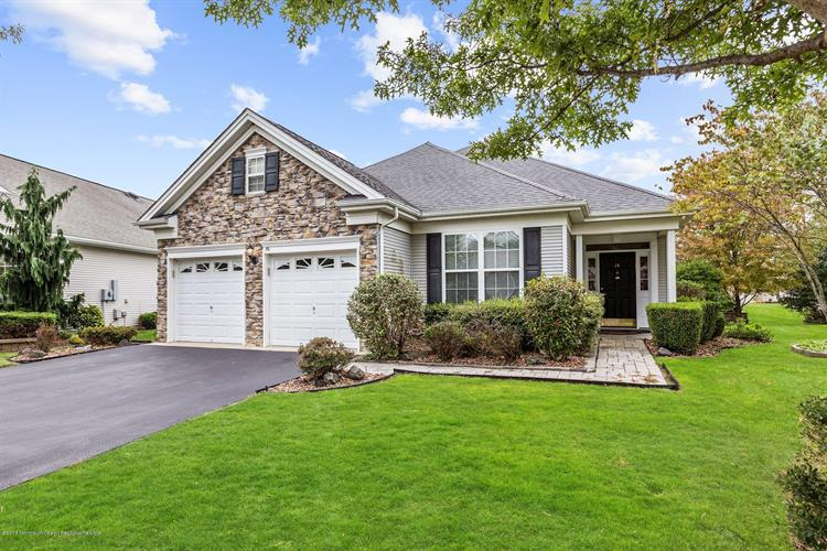 14 Banstead Way, Jackson, NJ 08527