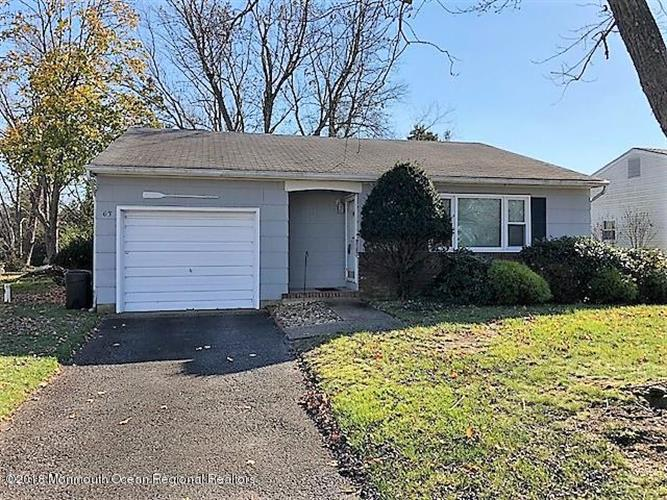63 Westbrook Drive, Toms River, NJ 08757