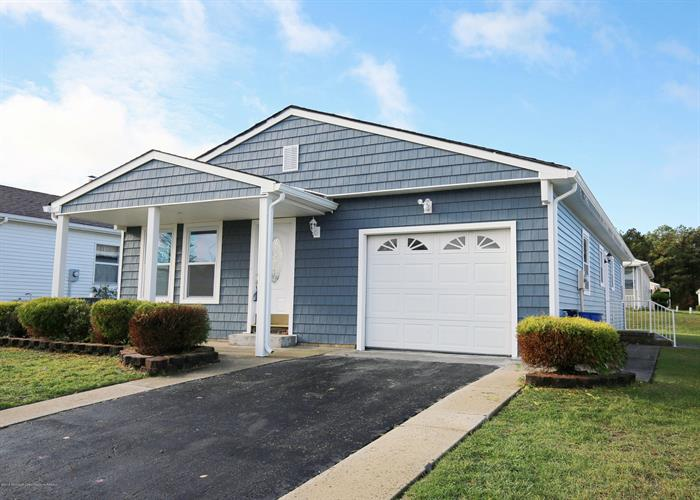 28 Merrilee Lane, Toms River, NJ 08757 - Image 1