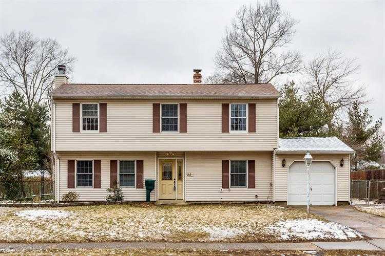 22 Hialeah Avenue, Middletown, NJ 07748 - Image 1