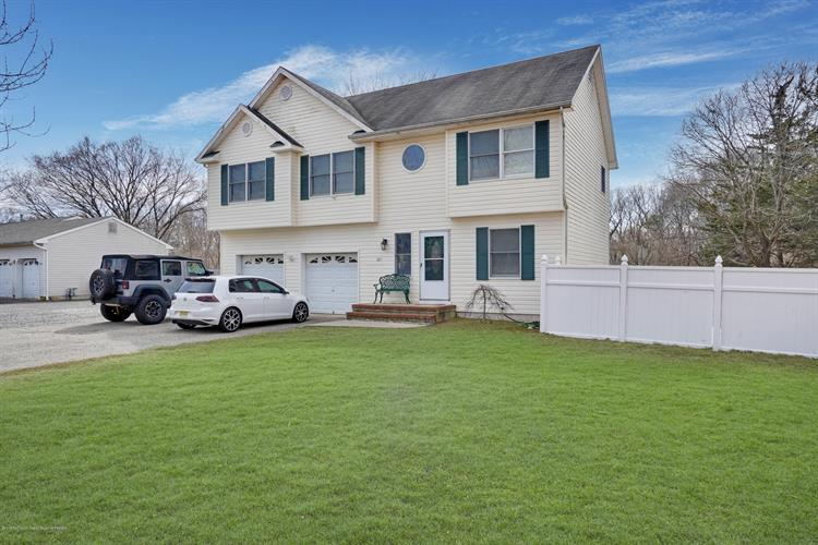 695 Bay Avenue, Toms River, NJ 08753 - Image 1