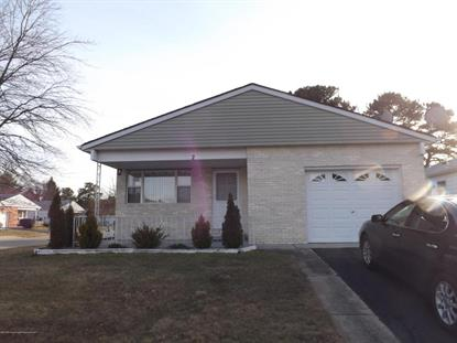 2 Brisbane Court, Toms River, NJ