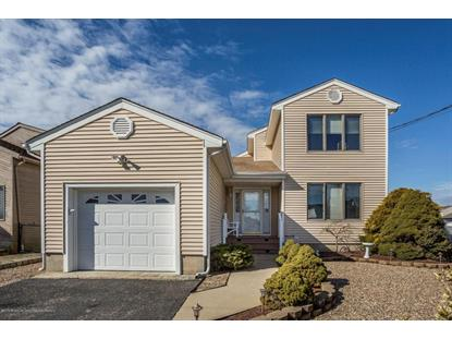 32 Pilot Road, Toms River, NJ