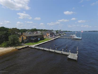 111 Harbor Court Pine Beach,新泽西州MLS#22006839
