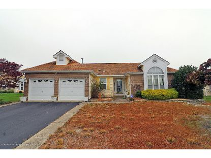 2 Alton Court Toms River, NJ MLS# 22038173