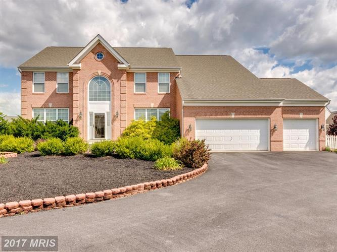 73 ANTHONY TAYLOR WAY, Martinsburg, WV 25404