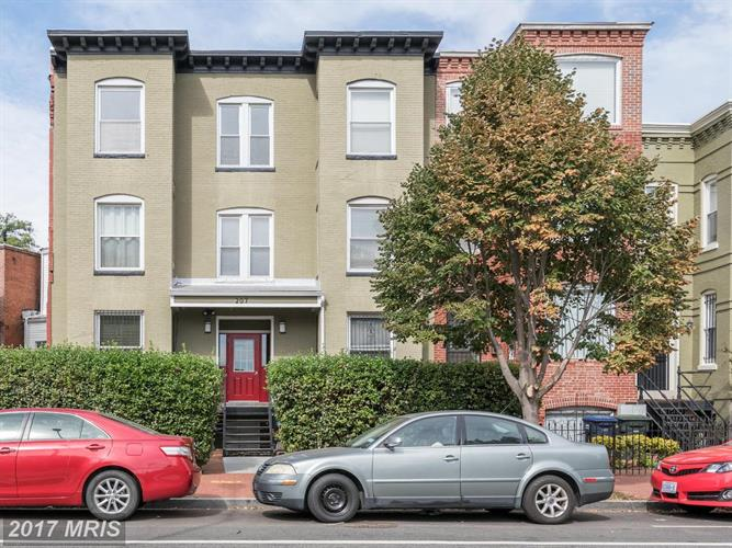 207 R ST NW #6, Washington, DC 20001