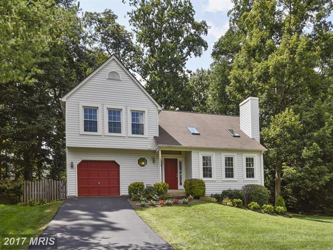 15217 PHILIP LEE RD, Chantilly, VA 20151