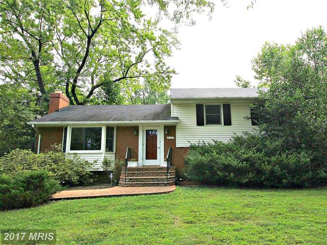 2123 REYNOLDS ST, Falls Church, VA 22043