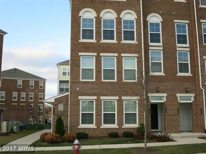 3024 RITTENHOUSE CIR #37, Fairfax, VA 22031