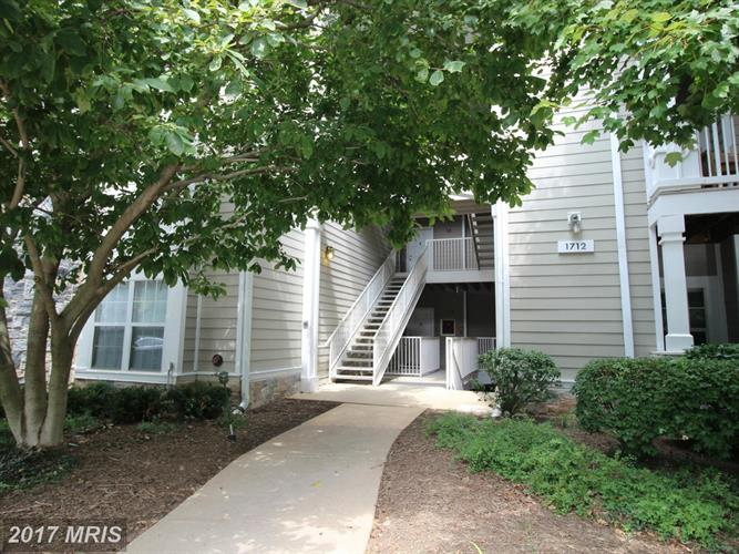 1712 LAKE SHORE CREST DR #3, Reston, VA 20190