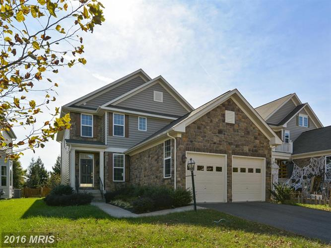 42977 THORNBLADE CIR, Broadlands, VA 20148