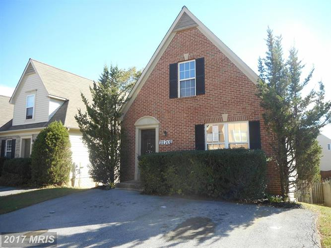 11701 SCARLET LEAF CIR, Germantown, MD 20876