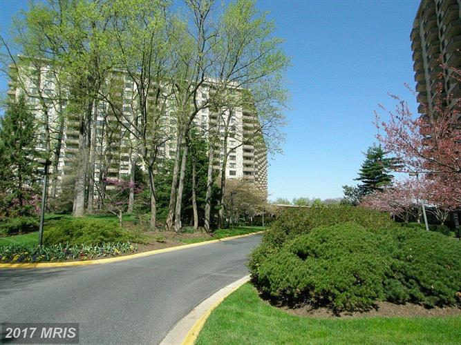 5225 POOKS HILL RD #316N, Bethesda, MD 20814