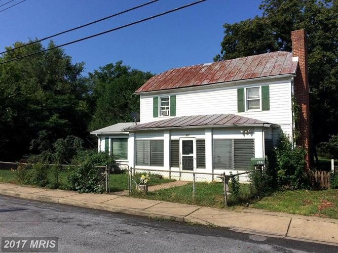 327 CLOUD ST, Front Royal, VA 22630