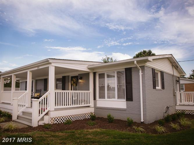 203E 17TH ST, Front Royal, VA 22630