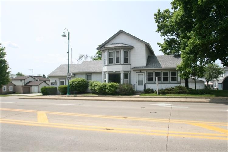 61 S Madison Street, Oswego, IL 60543