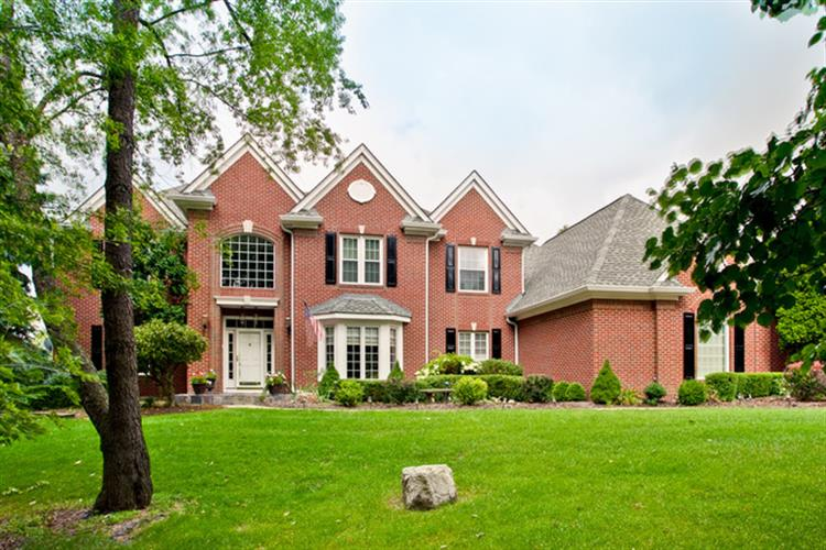 68 SADDLE TREE Lane, North Barrington, IL 60010
