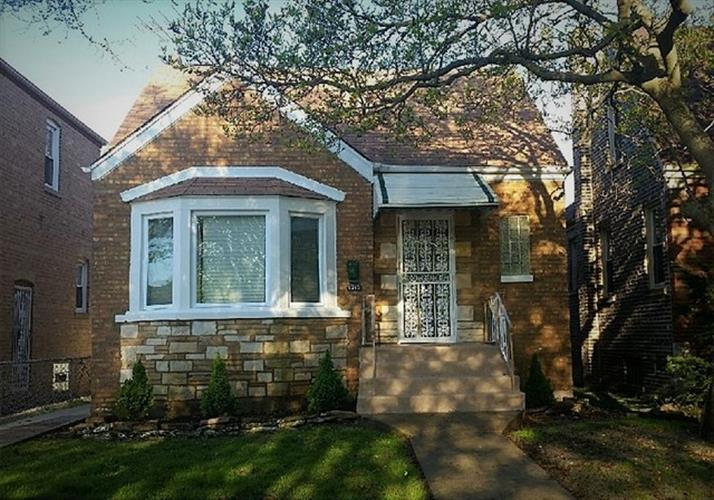 10205 S Forest Avenue, Chicago, IL 60628