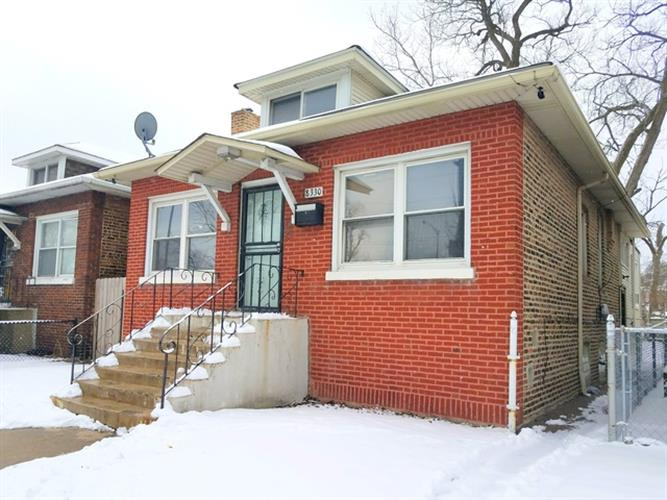 8330 S Anthony Avenue, Chicago, IL 60617