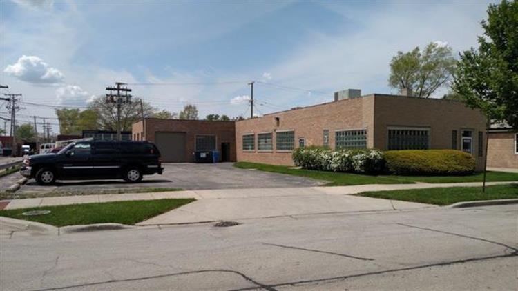 8020 Lawndale Avenue, Skokie IL 60076 For Sale, MLS ...