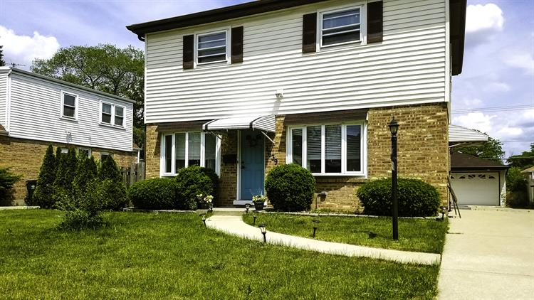 singles in schiller park We know 12 properties and 351 residents on 8003900 emerson dr, schiller park il discover property public reports, residents, sales and rent history, real estate value and risk factors.