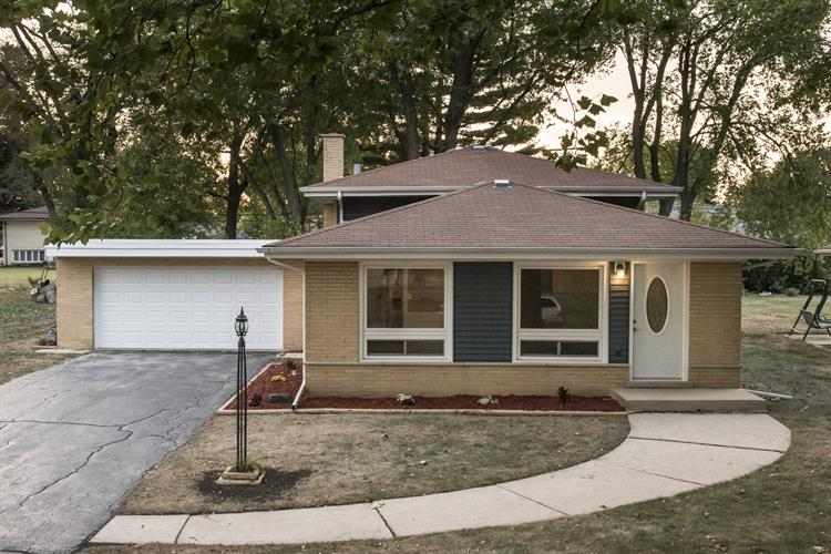12506 S MEADE Avenue, Palos Heights, IL 60463