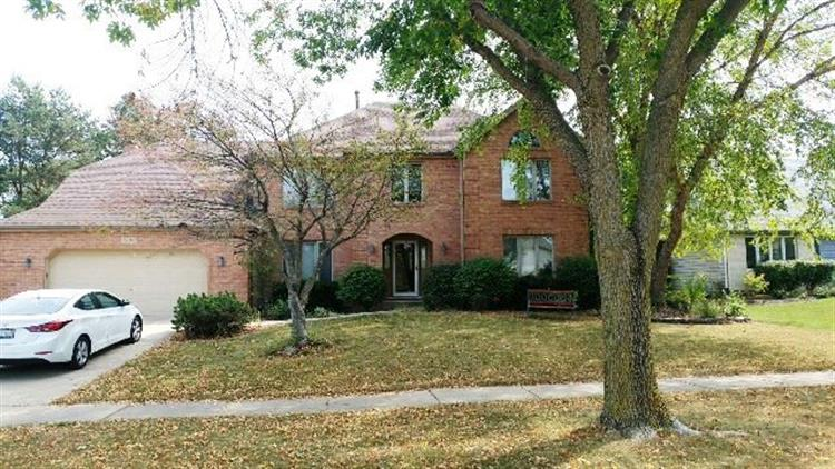 3524 Lawrence Drive, Naperville, IL 60564