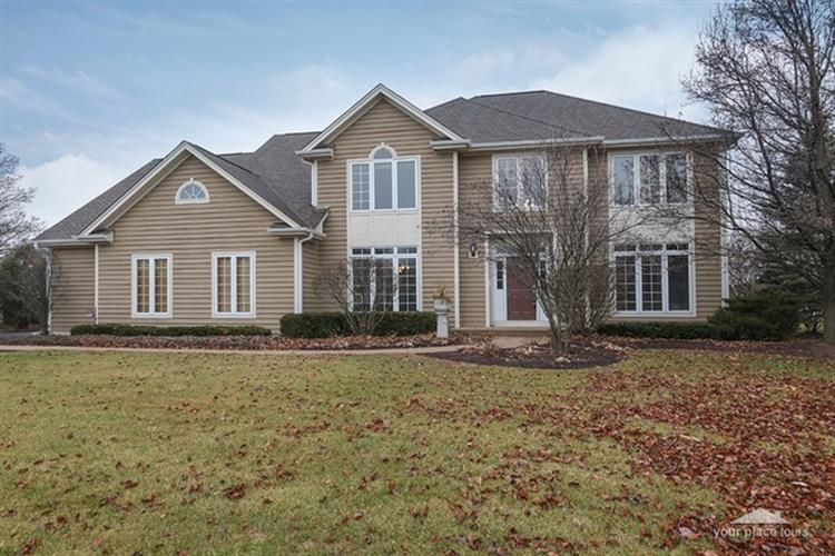 4N568 N Robert Frost Circle, St Charles, IL 60175