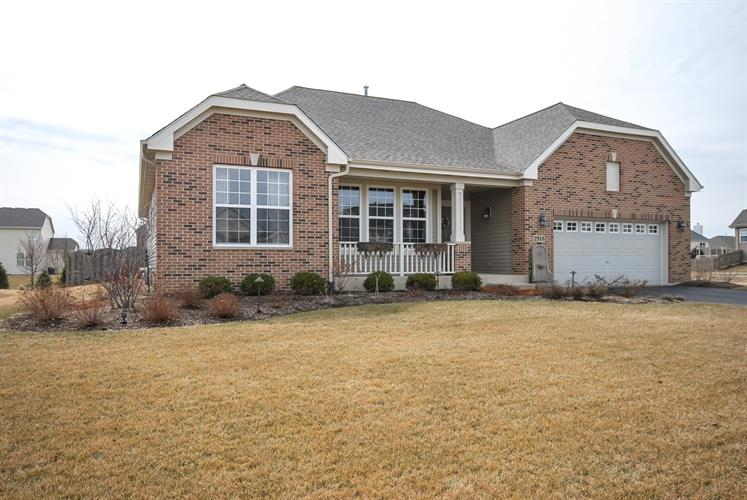 2918 Hampton Avenue, North Aurora, IL 60542 - Image 1