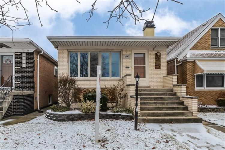 5845 S Newland Avenue, Chicago, IL 60638