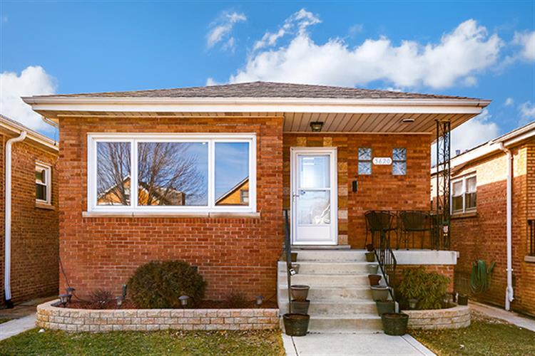 5620 S Tripp Avenue, Chicago, IL 60629