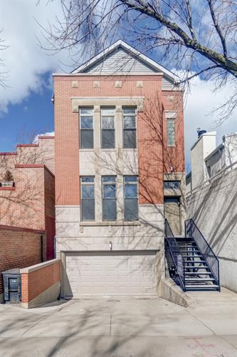 744 W Willow Street, Chicago, IL 60614