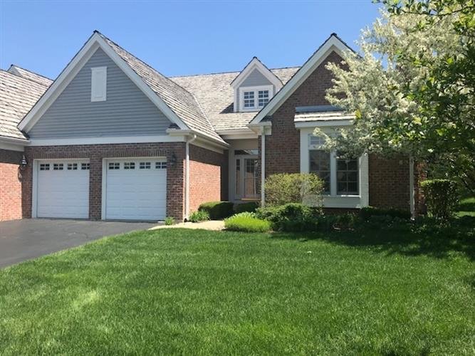 195 S Danbury Court, Lake Forest, IL 60045 - Image 1