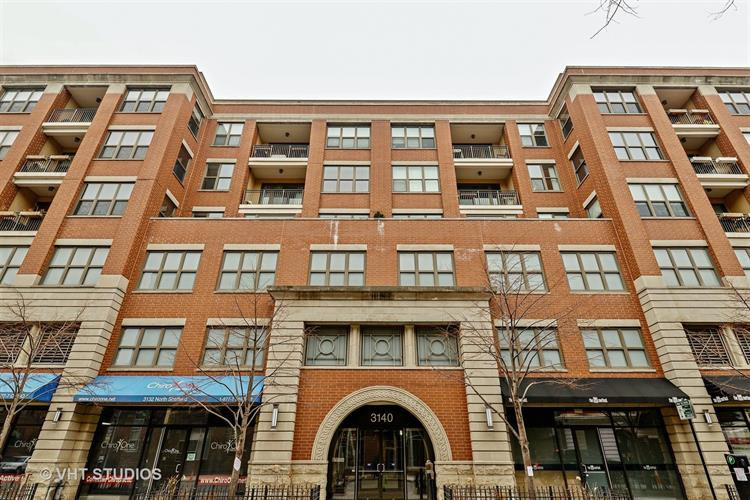 3140 N Sheffield Avenue, Chicago, IL 60657